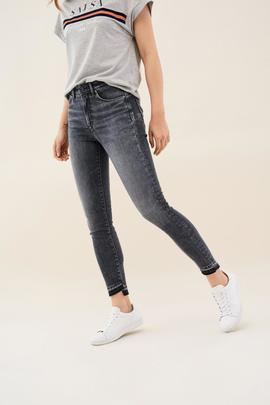SECRET GLAMOUR CAPRI SKINNY FIT HIGH RISE GRIS