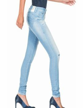 WONDER SKINNY FIT CON ROTOS EN DENIM AZUL