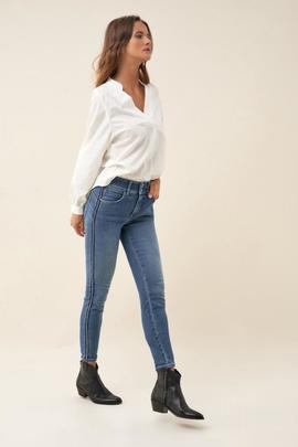 SECRET CAPRI SKINNY FIT HIGH RISE CON BANDA LATERAL