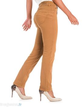 SECRET SLIM FIT CARAMELO
