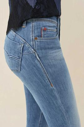 WONDER SLIM FIT PREMIUM WASH EN DENIM AZUL