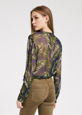 BLUSA GEORGETTE CON ESTAMPADO TROPICAL