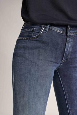 WONDER SKINNY FIT EN DENIM AZUL CON TACHUELAS
