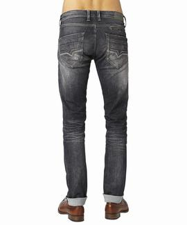 SPIKE REGULAR FIT H93 GRIS OSCURO