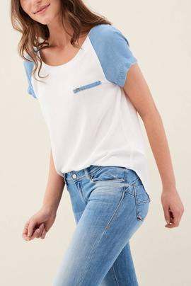 CAMISETA CON MEZCLA DE DENIM REGULAR FIT BLANCA